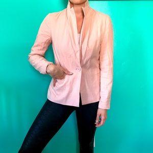 US 4 light pink blazer
